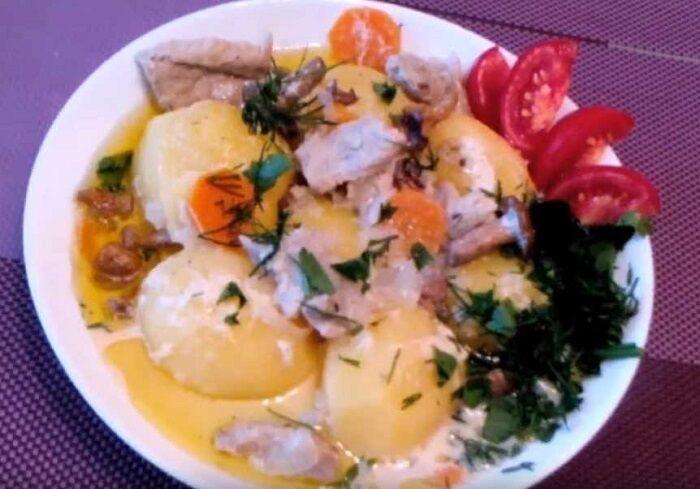 очень вкусное блюдо из картошки с мясом и грибами