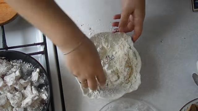 Как запечь курицу с грибами 1