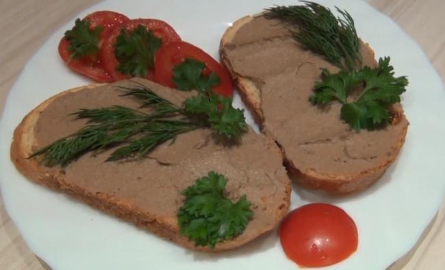 Как приготовить паштет из куриной печени в мультиварке
