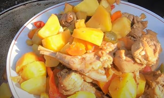 Кролик тушеный в казане с картошкой – рецепт с пошаговыми фото