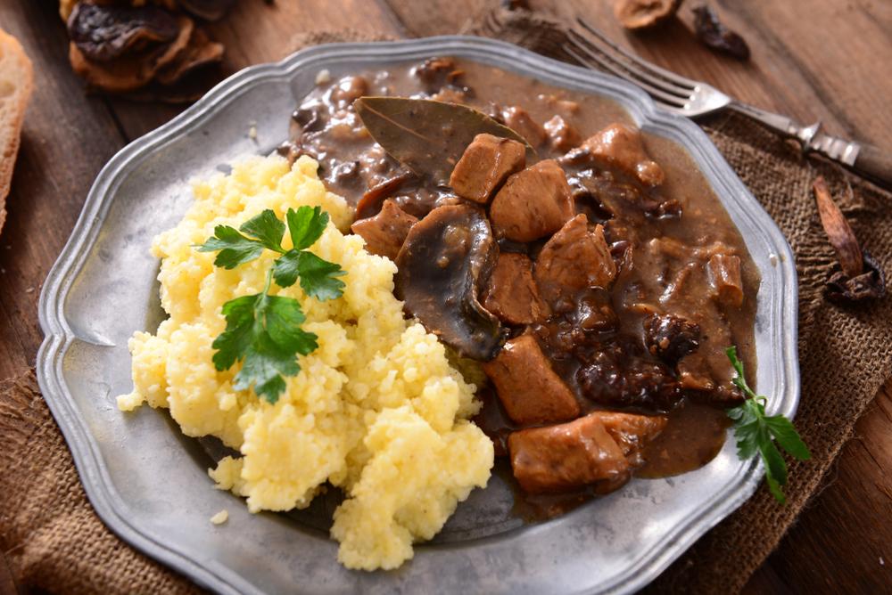 Как готовить тушеное мясо козла