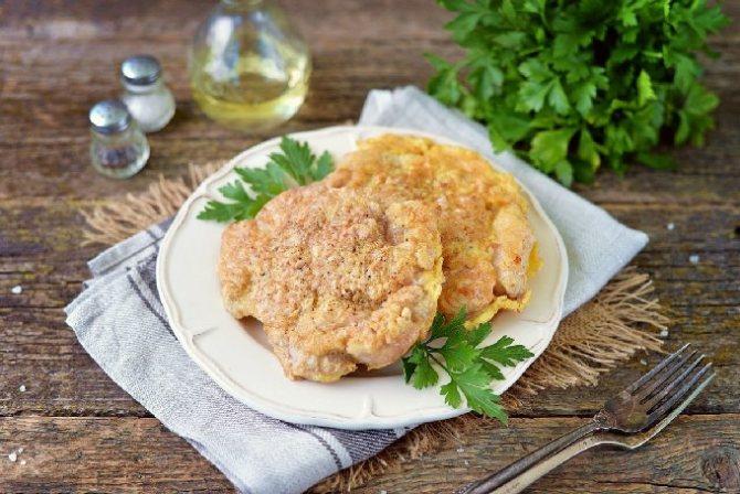 Вкусные отбивные на сковороде из свинины с сыром