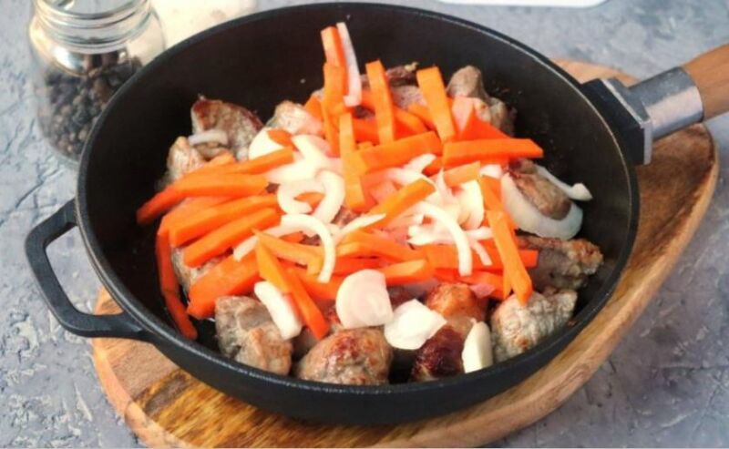 Свинина на сковороде: 9 простых и вкусных рецептов этап 28