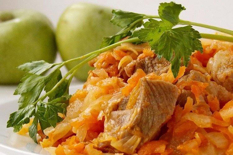Индейка с тушеной капустой - рецепты